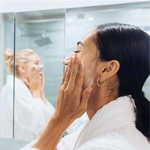 muddy body exfoliate clay natural ingredients organic impurities detox refresh relax