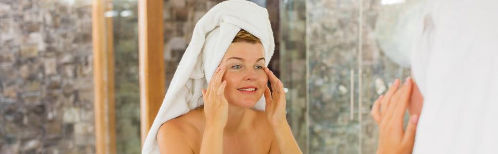 Amazon.com: Kairali Kaircin Ayurvedic Beauty Facial Oil 10ml For All Skin  Types Youthful Glowing Skin, Pigmentation, Anti Aging, Anti Wrinkle, Skin  Lightening, Skin Brightening Skincare Oil For Men & Women: Beauty