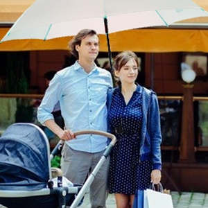 Oversize stroller comes with umbrella