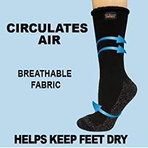 The blue arrows surround the socks to show the fabric is brathable as air circulates around.