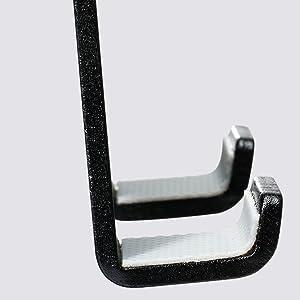 Anti-scratch hook