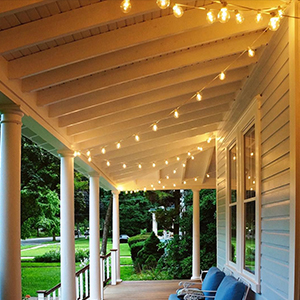 Outdoor string lights for your porch