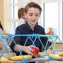 Strawbees Maker Kit: STEM Learning