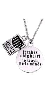 Ci vuole un grande cuore per insegnare alle piccole menti Necc.