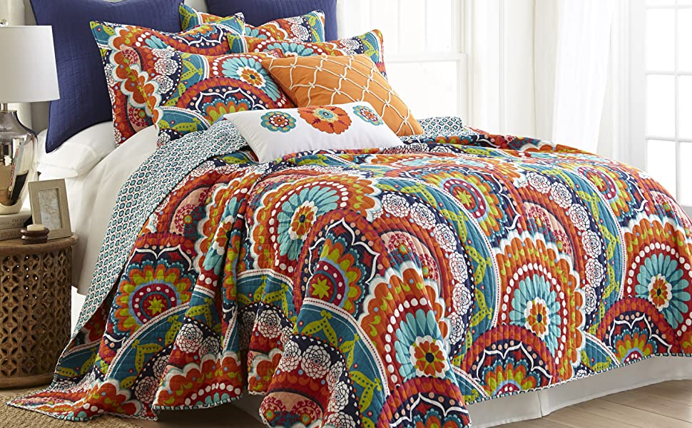 Serendipity bright multi quilt washed levtex