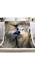 Wolves blanket