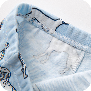 Las cinturillas confort especialmente elásticas son anchas y suaves, con un muy buen ajuste.