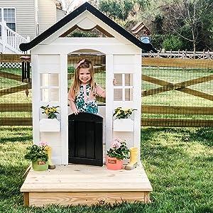 playhouse with platform