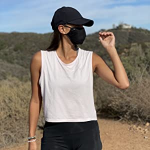 women's black face mask movement hot weather desert tropical cooling