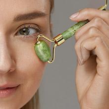 jade eye roller reduce puffiness under eye dark circles