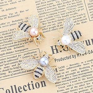 Gold Rhinestone Black bee Brooch Gorgeous Vintage Bee Pin Bee Brooch Crystal Bumble Bee Brooches