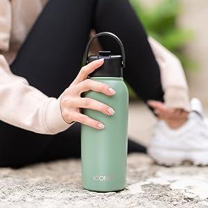 ICONIQ X-Bottles have no sweat design