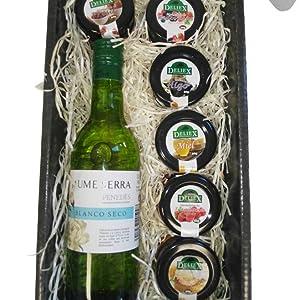Cesta de Navidad para Regalo con Vino Blanco Penedes y Tarros en Miniaturas de 30 g de Mermelada de Frambuesa, Higo, Fresa, Melocotón y Mermelada de Frutos Rojos en un excelente Estuche