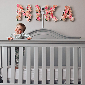 Contact-Free Miku Smart Baby Monitor