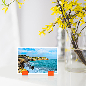 Moreover you also put some photos or pictures onto the stand for decoration