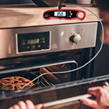 Oven safe cooking thermometer