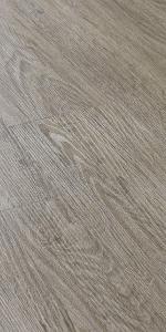 neu.holz Rev/êtement de Sol Adh/ésif Lames Lamin/ées PVC Vinyle Effet Naturel Compatible au Plancher Chauffant 7 Pi/èces 0,975 m/² Classic Warm Oak Ch/êne Classique