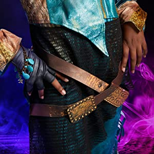 uma costume closeup, accessories, jacket, shirt, leggings, bright turquoise, vibrant patterns