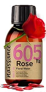 Rose blommande vatten