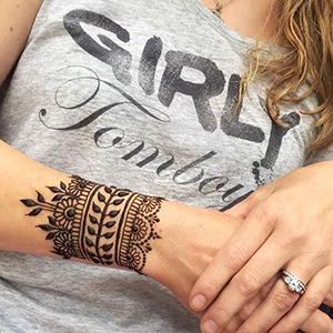 Black Lace Tattoos Temporary Paper Women Sexy Body Tattoo Sticker Water Transfer Tattoo for Professional Make Up Dancer Costume Party Shows