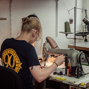 : handcrafted, machine, inspiration, tradition, supplies, headwear, size, craft, craftmaster, learn