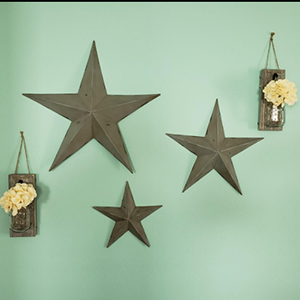 Wall Hanging Decor These mason jar sconces make the perfect touch of shabby chic