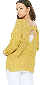 YEMAK Women's Long Sleeve V-Neck Back Cutout Casual Knit Pullover Sweater