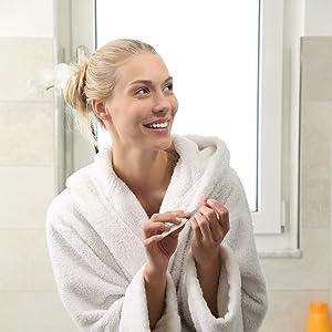 Die robuste Wohndirect Badematte ist pflegeleicht und lässt sich ideal in der Waschmaschine waschen.