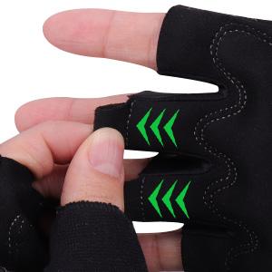 Die Handschuhe lassen sich am Ende der Fahrt leicht ausziehen.