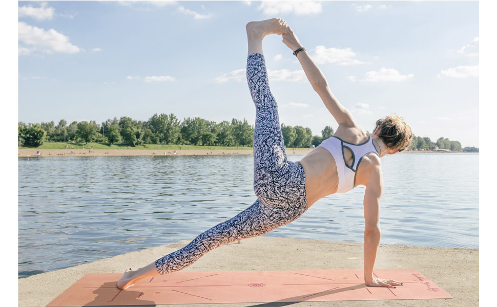 GOLDEN Esterilla de Yoga para Viajes, Plegable, Natural Caucho 1/17 Pulgadas - 1,5mm - Delgada, Absorbente, Antideslizante, para Yoga, Pilates, ...