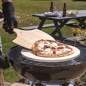 Hans Grill round circular pizza stone peel steel rectangular kettle bbq grill over pan dough pizzas