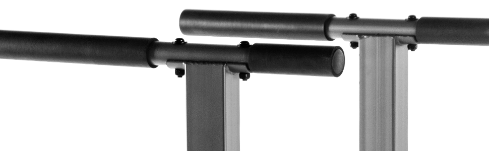 Angled handles of the XMark XM-4443 Dip Station