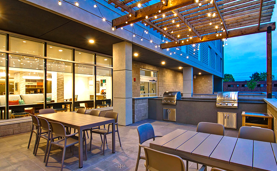 Outdoor string lights for Cafe