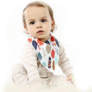 iZiv Baberos del Bebé - Paquete de 4 Diseños Pañuelo con Snaps ...