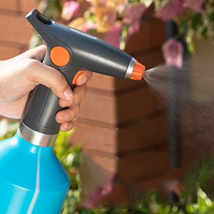 electric watering sprayer