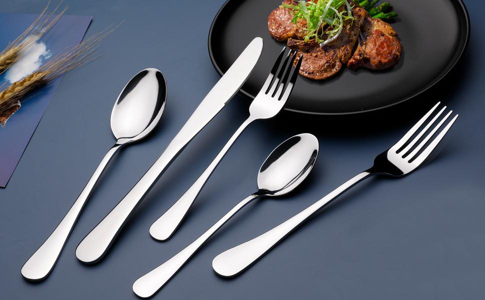 silverware set