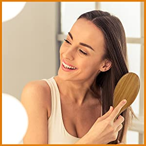 HAIR BRUSH FOR WOMEN