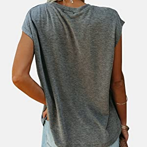 Women's Round Neck Tops Summer Sleeveless T Shirts Loose Fit with Pockets