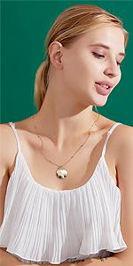 zodiac pendnat necklace