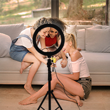 camera stand with ring light