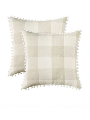 buffalo check pillow classic fall autumn decor Christmas beige white