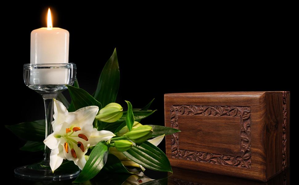 Bogati wood urn cremation memorial