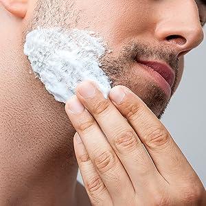 The model of Boldnine men's face wash for acne prone skin uses Korean face wash