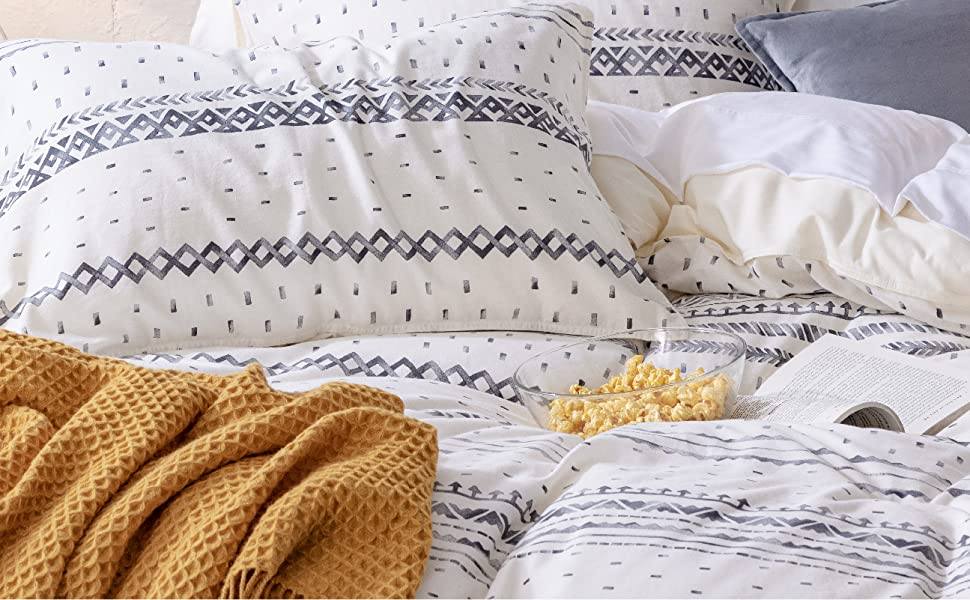 8 ties inside the comfortable duvet cover sets