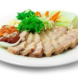 korean traditional food ; bossam