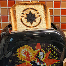 CAPTAIN MARVEL TWO-SLICE TOASTER