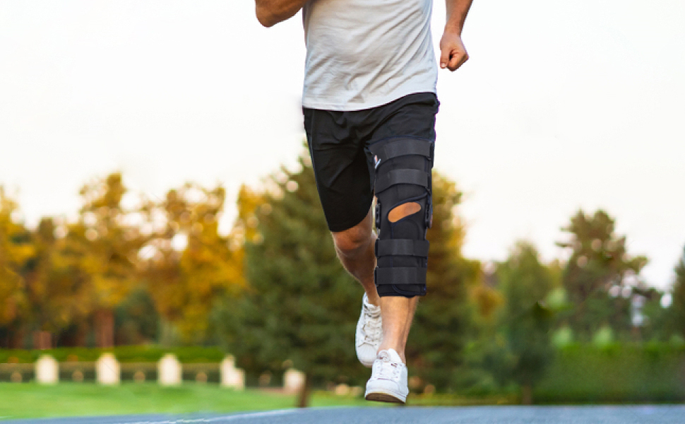 Hinged Knee Brace for Runing