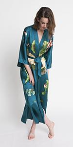 KIM+ONO Women's Handpainted Silk Kimono Robe Crane Teal