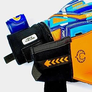 Renegade GK Fury Siege Goalkeeper Nylon Puller Strap Plus Loop and Motivational Badge