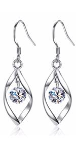 UEUC Rhinestone Earrings